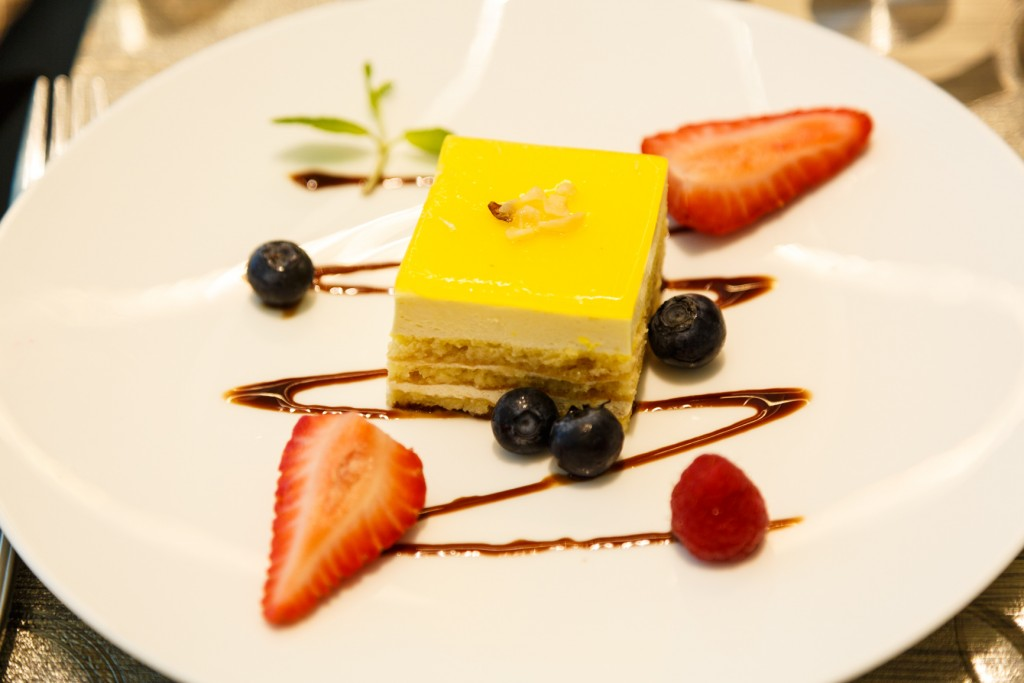 Qatar Airways Al Safwa First Class Lounge Dining