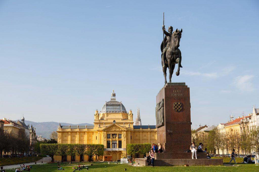 Zagreb Trg kralja Tomislava